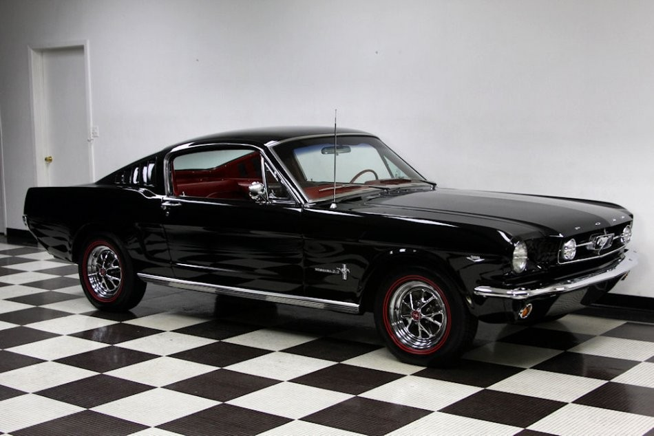 ford mustang fastback 1965 ford mustang fastback look gt de 1965 prix 41900. Black Bedroom Furniture Sets. Home Design Ideas