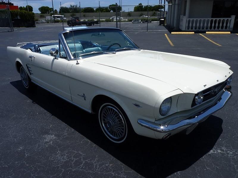 ford mustang cabriolet 1966 ford mustang cabriolet de 1966 prix 35500. Black Bedroom Furniture Sets. Home Design Ideas